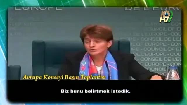 komünizm anti demokrasidir